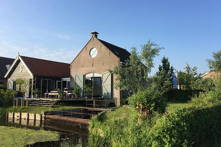 Neem een vergaderpauze: wandel door de polder, langs het Markermeer